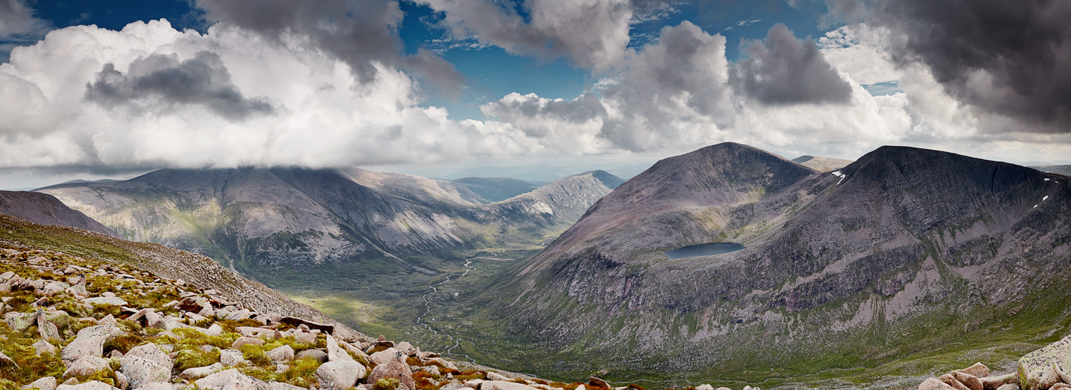 Ben Macdui and Cairn Toul pano