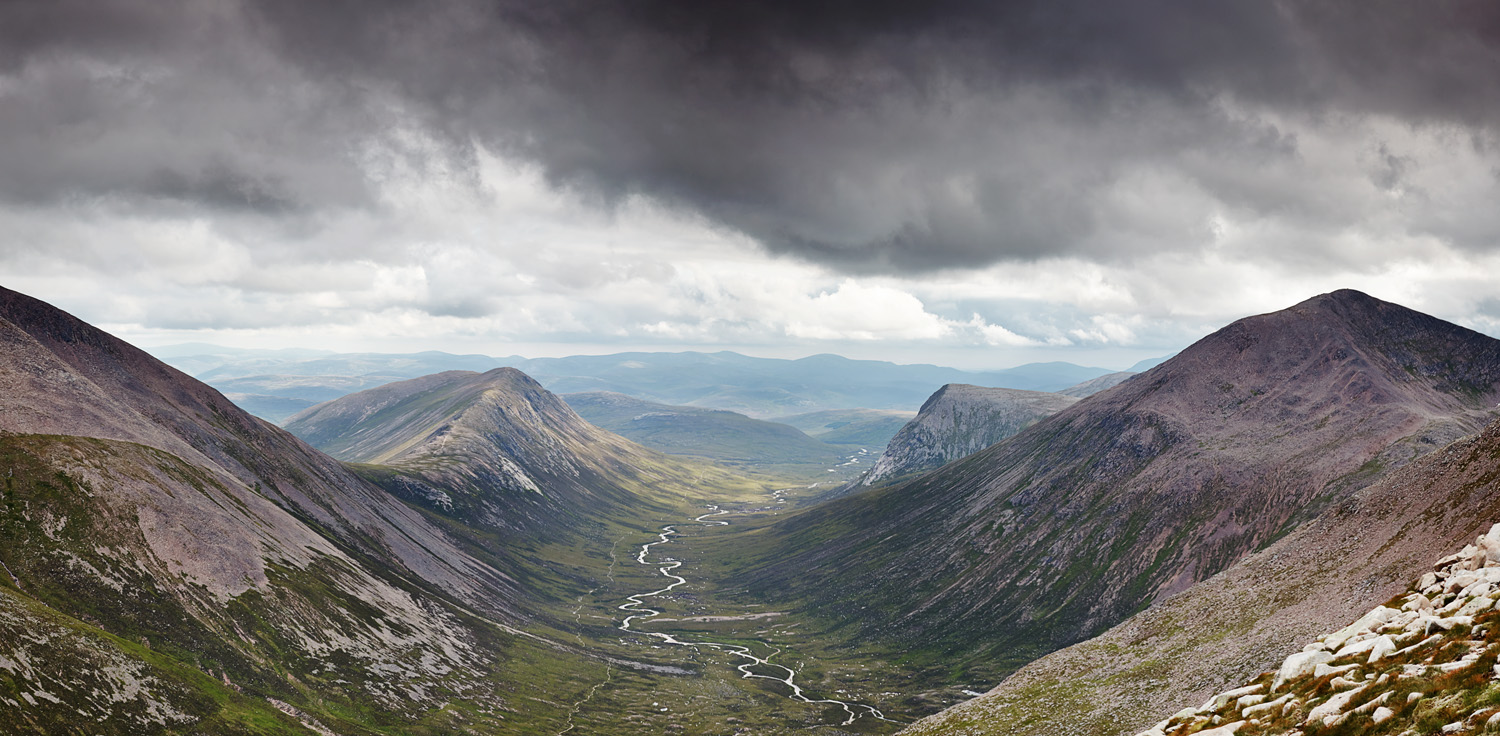 Larig Ghru August Pano